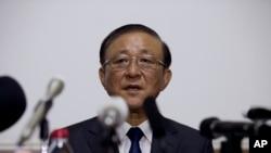 28일 지재룡 중국 주재 북한대사가 베이징 주재 북한 대사관에서 기자회견을 하고 있다.