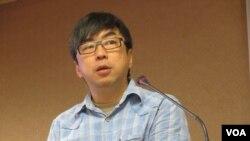 台湾在野党民进党立委段宜康(美国之音张永泰拍摄)