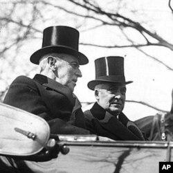 威尔逊和哈丁在哈丁的就职典礼上
