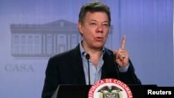Según el presidente Santos, la consulta popular se realizaría durante las elecciones legislativas o presidenciales de 2014.