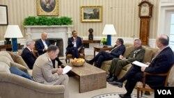El secretario general de la Casa Blanca señaló que debe afianzarse la relación entre Washington e Islamabad.