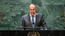 Menteri Luar Negeri Rusia Sergey Lavrov berpidato di hadapan sidang Majelis Umum PBB di New York, Sabtu, 25 September 2021. (Foto: Reuters/Eduardo Munoz/Pool)
