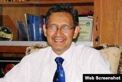 Guru Besar UNY Prof Rochmat Wahab. (Foto: UNY)