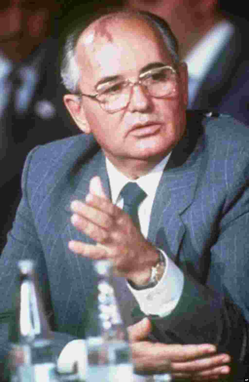 March 11, 1985: Mikhail Gorbachev becomes president of the Soviet Union at 54 years old. He introduces glasnost and perestroika in an effort to overcome economic and political problems. (AP)