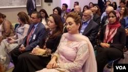 پاکستان فلم اور ڈرامہ انڈسٹری سے وابستہ فنکاروں کی بڑی تعداد امریکہ کے شہر ہیوسٹن میں جمعہے۔