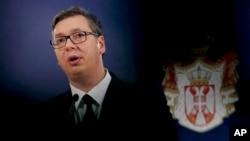 """Predsednik Srbije Aleksandar Vučić prema rečima drugih """"ne laže, niti je ikada išta slagao u svojoj političkoj karijeri"""" (Foto: AP Photo/Darko Vojinović)"""
