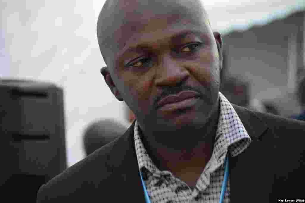 Hubert Bakaï, lors du sommet sur la sécurité à Lomé, au Togo, le 11 octobre 2016. (VOA/Kayi Lawson)