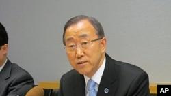 14일 유엔본부 집무실에서 기자간담회를 가진 반기문 유엔사무총장.