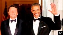 Renzi, a quien Obama ofreció su última cena de Estado en la Casa Blanca. El fracaso de Renzi lleva a la inestabilidad institucional a uno de los países fundadores de la UE.