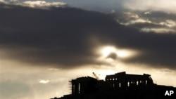 Sumrak nad hramom Partenon na Akropolju
