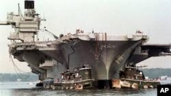 Las últimas misiones del USS Saratoga las cumplió durante la guerra en los Balcanes.