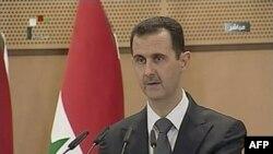 Beşar Esat Reform Sürecinin Sabote Edildiğini Söyledi