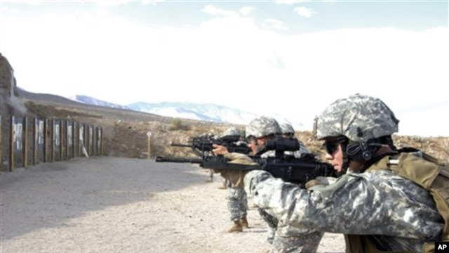 Unidentified U.S. Marines refine their skills while participating in the Special Forces Basic Combat Course at the Army deport in Hawthorne, Nev., Sept. 29, 2008.