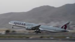 塔利班允許一架搭載美國人的包機離開喀布爾