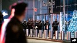 Cảnh sát triển khai khi có lời đe dọa đánh bom hãng CNN ở New York, 6/12/2018