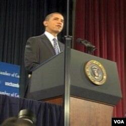 Predsjednik Barack Obama govori u Američkoj trgovačkoj komori, najvećoj lobističkoj grupi, koja zastupa interese američkih kompanija