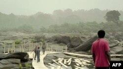 кадр из фильма «Сонная болезнь»