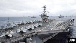 Máy bay chiến đấu Mỹ trên tàu sân bay USS George Washington