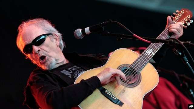 Merle Haggard performs during the Bonnaroo Arts and Music Festival in Manchester, Tenn., June 14, 2009.