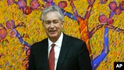 Уильям Бернс