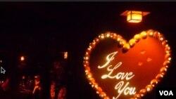 美国万花筒:五千南瓜灯迎接万圣节