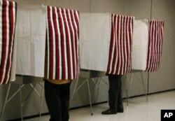 这种填写纸选票的投票站已不多见