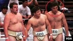 ლევან გორგაძე (მარჯვნიდან პირველი) კარიერის დასაწყისში