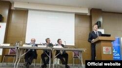 "Crnogorski šef diplomatije Igor Lukšić govori na konferenciji ""Zapadni Balkan na raskrsnici"" (Biro)"