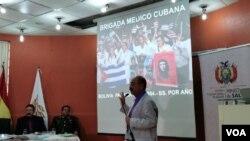 """Ministro de salud de Bolivia Aníbal Cruz dijo que estos supuestos médicos tenían """"fines que eran más de adoctrinamiento (..) utilizando bienes y un presupuesto… excesivo"""". Bolivia Foto: Yuvinca Gonzalvez Avilés"""