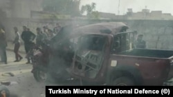 Serangan bom mobil di kota Tal Half, wilayah Suriah yang dikuasai Turki.