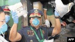 رئیس جمهور فلیپین که لقب جزا دهنده را دارد به ریشه کن ساختن مصرف و کار و بار مخدرات در آن کشور تعهد کرده است