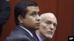 George Zimmerman (izquierda) comparece en corte en compañía de su abogado Don West durante las audiencias preliminares.