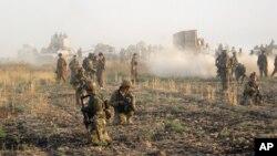 Operasi militer di wilayah Kirkuk, 290 kilometer sebelah utara Baghdad, Irak (Foto: dok). Inggris telah menjadi bagian dari koalisi pimpinan Amerika yang melancarkan serangan udara terhadap militan Negara Islam (ISIS) di Irak, tetapi Cameron gagal mendapat dukungan cukup banyak untuk mengirim pasukan ke Suriah dengan misi yang sama.