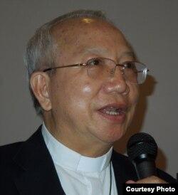 Đức cha Phaolô Nguyễn Thái Hợp trong buổi hội ngộ ở San Jose ngày 18/5/2014