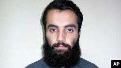 Anis Haqqani, thủ lãnh hàng đầu của mạng lưới Haqqani, có liên hệ với al-Qaida và là em của Sirajuddin Haqqani một thủ lãnh của mạng lưới này