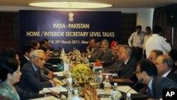 رواں ماہ نئی دہلی میں پاکستان اور بھارت کے داخلہ سیکرٹری سطح کے مذاکرات بھی ہوئے تھے۔ (فائل فوٹو)