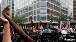 Kontra-demonstranti u Vashingtonu