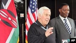 U S. Senator Dick Lugar, left, stands next to Dr. Solomon Mpoke, director of the Kenya Medical Research Institute speaks to journalists in Nairobo, Kenya
