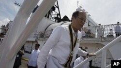 فلپائن کے صدر بنیگنو اکینو