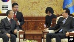 دای بینگۆی ڕاوێژکاری دهوڵهتی چین لهگهڵ سهرۆکی کۆریای باشور له سیۆل کۆدهبێتهوه، یهکشهممه 28 ی یازدهی 2010