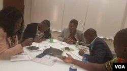 Intathelizindaba ebezilalele ngesikhathi kusethulwa umbiko wezijeziso zenotho ngomele ilizwe leMelika. (Photo: Mlondolozi Ndlovu)