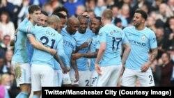 Les joueurs des Manchester City célèbrent après un but, 9 novembre 2017. (Twitter/Manchester City)