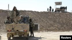 «نیروی دموکراتیک سوریه» که متشکل از شبهنظامیان کرد و عرب سوریه است از حمله مشترک نیروهای اسد و روسیه خبر داد.