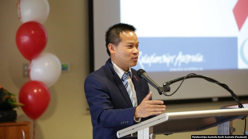Tùng Ngô, một thượng nghị sỹ của Nghị viện Nam Úc, đã lên tiếng kêu gọi các công ty công nghệ không tuân thủ bộ luật An ninh mạng gây tranh cãi của Việt Nam.