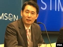 资料照:位于台北的政治大学外交系副教授黄奎博