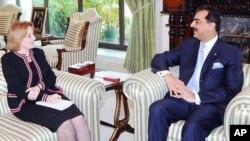 اعلیٰ سطحی مذاکرات کے لیے پاکستانی وفد واشنگٹن پہنچ گیا