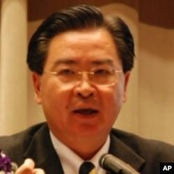 台灣政治大學國際關係研究中心研究員吳釗燮