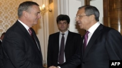 مشاور امنیت ملی آمریکا با وزیر امور خارجه روسیه ملاقات می کند