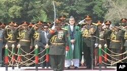 حامد کرزی رئیس جمهور افغانستان در مراسم بزرگداشت از استرداد استقلال افغانستان