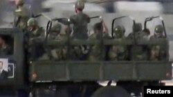 سربازان وابسته به دولت سوریه به مرکز دمشق منتقل می شوند- ۱۶ ژوئیه ۲۰۱۲